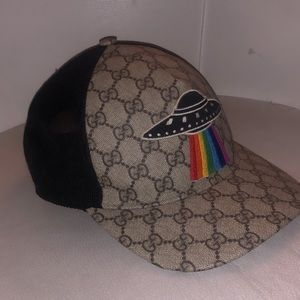 eaaaea744d1 Limited Edition Gucci UFO Hat
